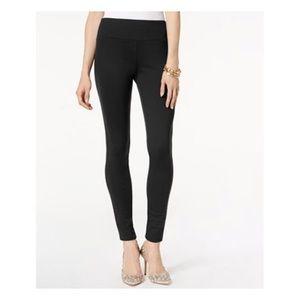 🎀2/$20 INC Gray Seamless Cropped Leggings
